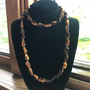 Jewelry - Vintage Hand-Knotted Tiger Eye Gemstone Necklace!